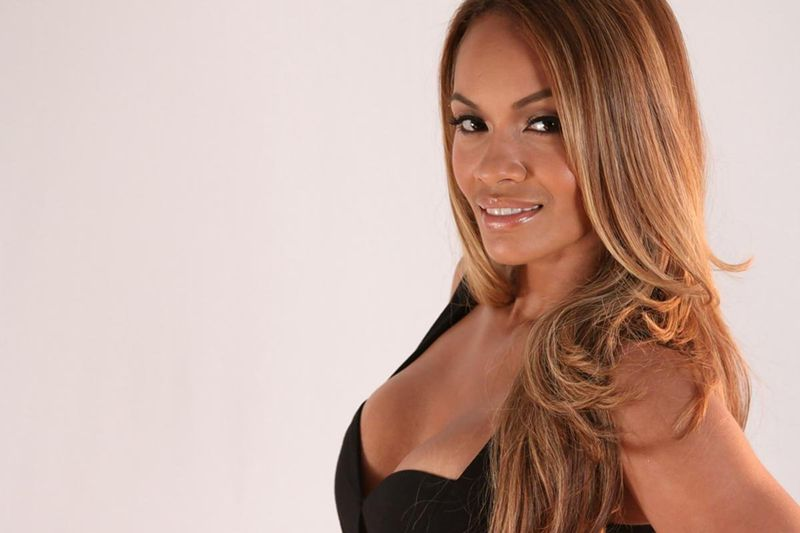 Reality star Evelyn Lozada is known for her luscious locks